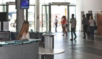 Los 4 Cursos con las mejores Opiniones para que aprendas y te conviertas en Agente de Servicios Aeroportuarios