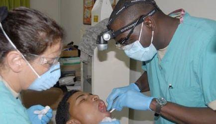 6 Cursos de Auxiliar de Odontología con las mejores opiniones