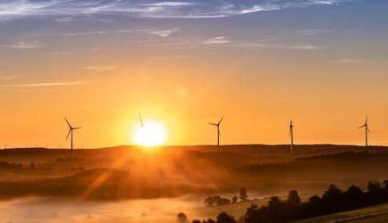 Curso de Energías Renovables: las 4 formaciones a Distancia que más buscan los que quieren titularse
