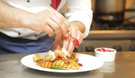 ¿Estás buscando formarte en Curso de Jefe de Cocina? Descubrimos los 6 Cursos más completos