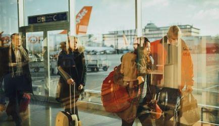 Los 5 Cursos más buscados para que estudies para ser Operador de Centros de Facilitación Aeroportuaria