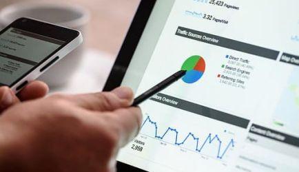 ¿Te interesa aprender Gestión Comercial y Marketing a Distancia? Encuentra los 6 mejores cursos