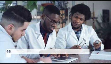 Vídeo sobre salidas laborales y el sueldo que gana un titulado de la Formación de Documentación Sanitaria